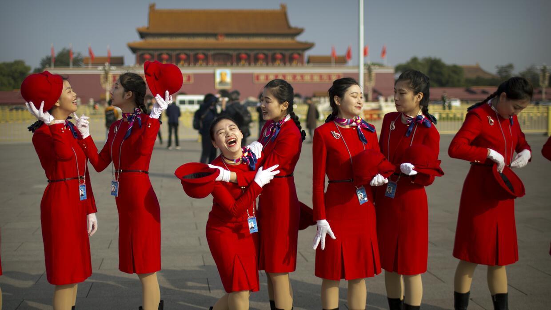 Las 'chicas militares' japonesas fanáticas de Corea del Norte (fotos) ch...
