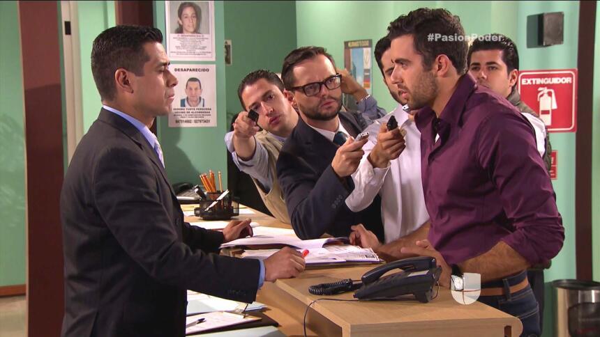 Cupido no lo deja, ¡Arturo sigue amando a Julia! BA0C65F4DBBF47D9A182343...