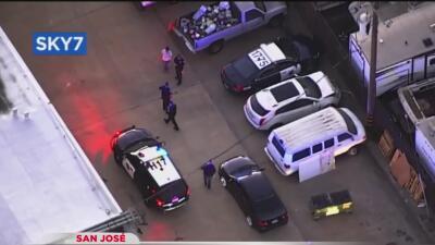 Escape de película en San José: el sospechoso huyó esposado manejando el auto de la Policía