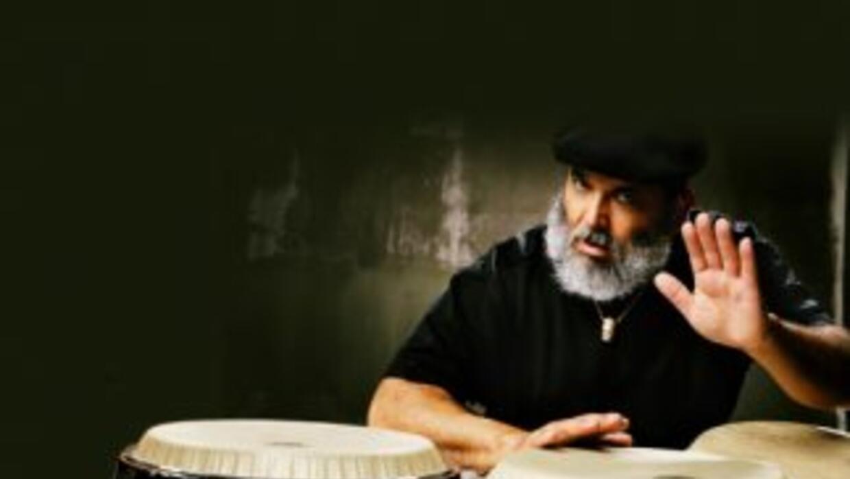 El maestro de la conga, Poncho Sánchez, animará la noche de 'Jazz Roots'...