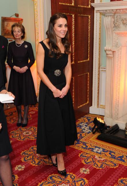 Los 50 mejores vestidos que usó Kate Middleton en 2016 GettyImages-62507...