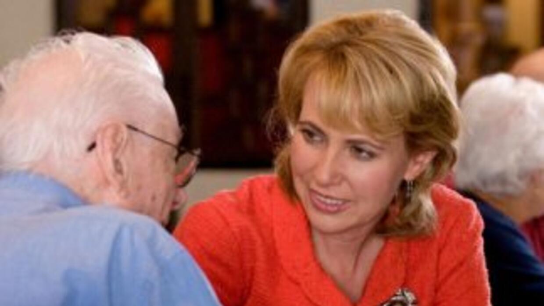 La congresista Gabrielle Giffords en Douglas, Arizona, en junio de 2010.