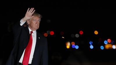 Donald Trump aterrizó este viernes en West Palm Beach, Florida, donde pa...
