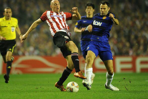 El Athletic seguía con la pelota en su posesión, muy cerca...