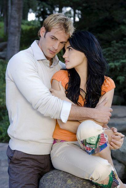 Pero Juan Miguel, el guapo psicoanalista llegaba para ayudarla y de paso...
