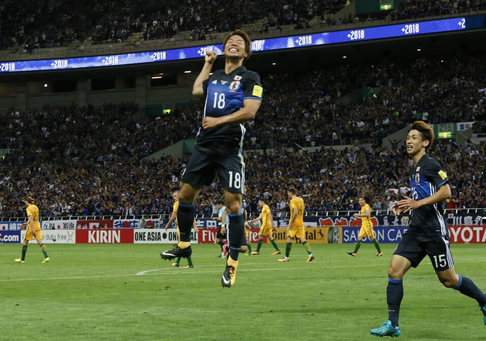 """Infantino: """"Gracias a Argentina el fútbol hoy es lo que es"""" AP_172434288..."""