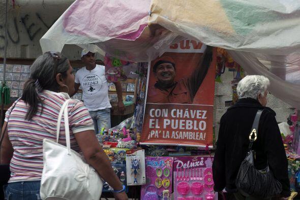 En el poder desde 1999, Chávez, quien mantiene una indiscutible populari...