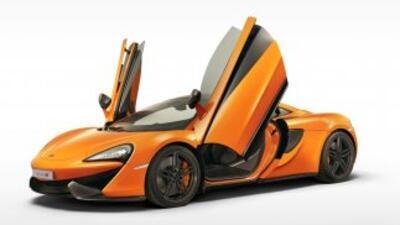 El McLaren 570S Coupé tiene todo lo que define a un auto de esta firma....