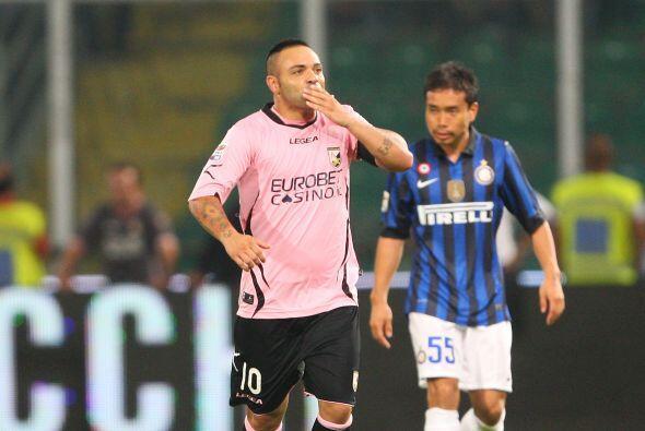 El italiano Fabrizio Miccoli se encargó de igualar las cosas.