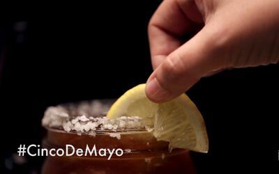 Micheladas para todos: la colorada... con jugo de almeja y tomate (video)