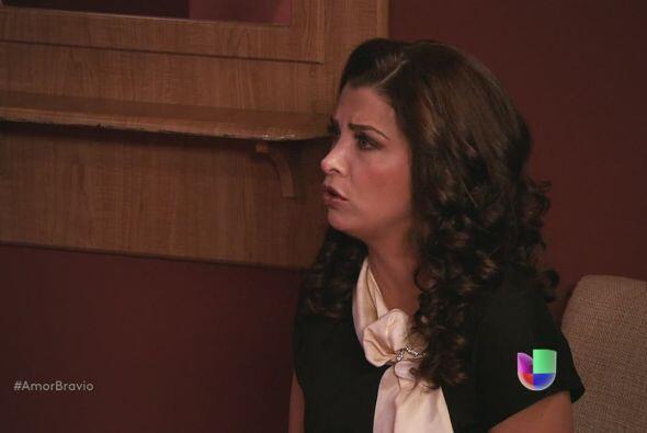 Miriam entiende la complicada situación, lo que no entiende es que su es...