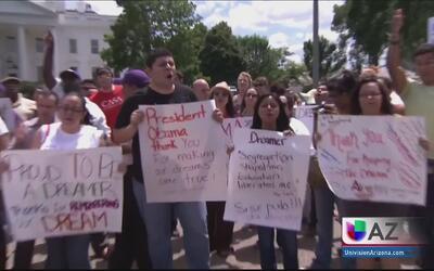 Dreamers piden más derechos estudiantiles en Arizona