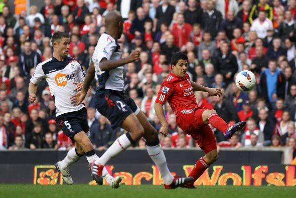 El Liverpool mantiene su racha positiva. Ahora venció al Bolton p...