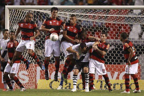 Los rojinegros se fueron al frente con el gol de Deivid.