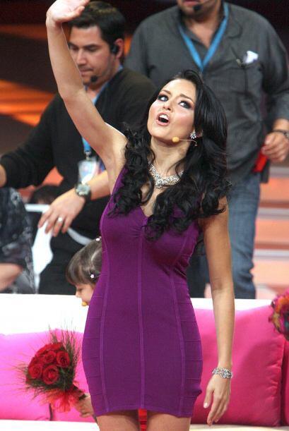 La actriz felicitó a los pequeñitos por su gran talento.