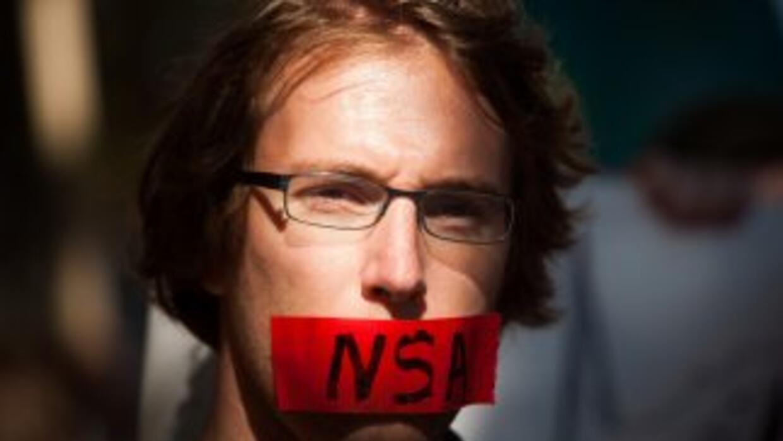 Nueve de cada 10 personas espiadas por la NSA eran usuarios comunes, y n...