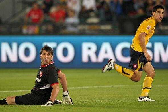 Al final aparecieron los goles del Songnam Ilhwa. Los dos los marcó el c...