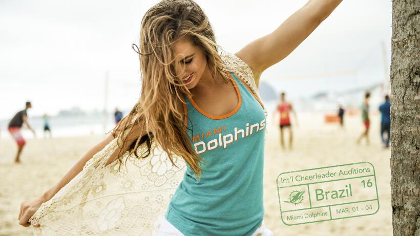 Allison y Krista, porristas de los Miami Dolphins, están buscando...