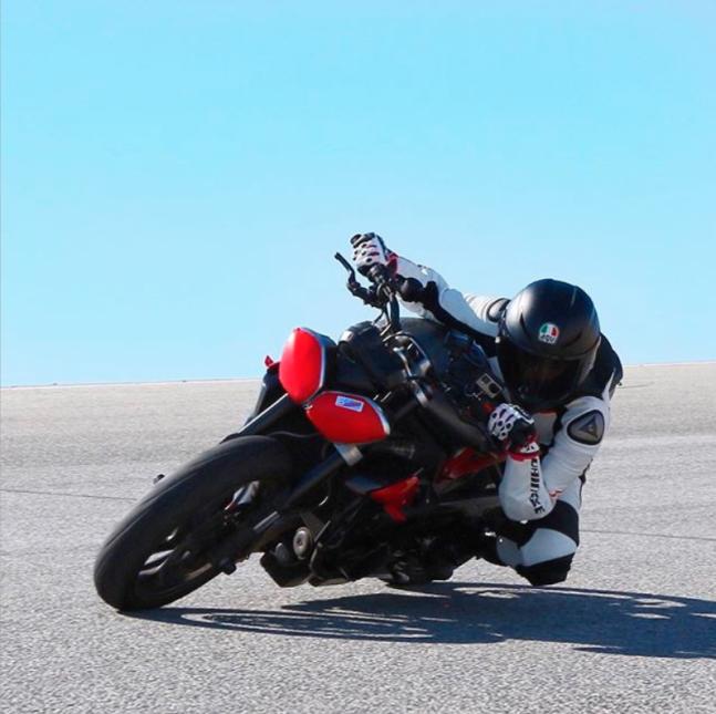 Annette Carrion, 'instagramer' motociclista latina, muere en trágico acc...