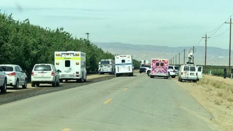 Varias agencias acudieron para atender a campesinos que enfermaron luego...