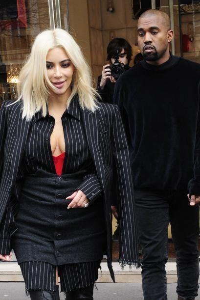 No sólo el look de la Kardashian es lo que ha llamado la atenci&o...