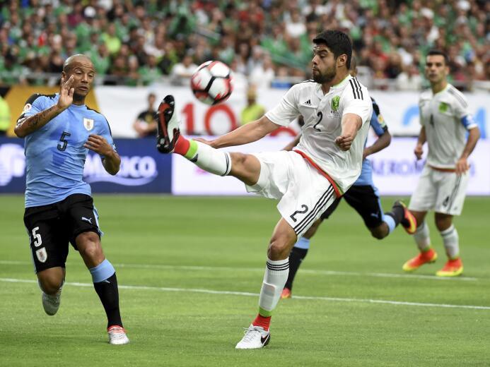 El talento de la LigaMX presente en la Copa América 01-GettyImages-53843...