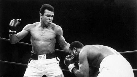 Muhammad Ali en un combate el 28 de enero de 1974 en el Madison Square G...