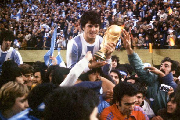 Daniel Passarella fue uno de los pilares del equipo argentino que gan&oa...