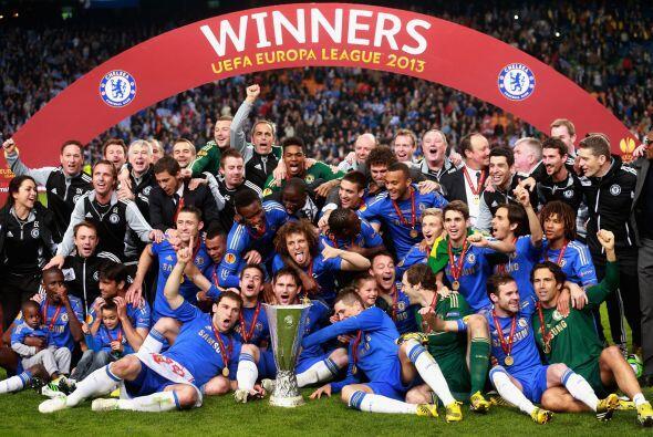 La clásica imagen del campeón, Chelsea, ganador de la Liga Europa 2012-2...