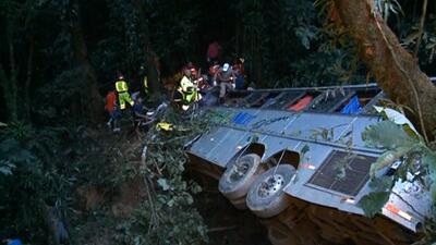 Accidente de autobús deja 49 muertos en Brasil