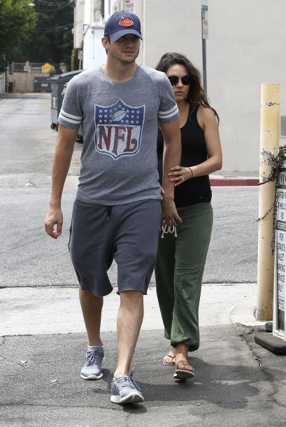 Mila Kunis y Ashton Kutcher siguen presumiendo su relación, y sobre todo...