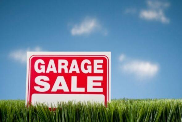 Anuncia tu venta- Diseña letreros que indiquen la dirección de tu casa....