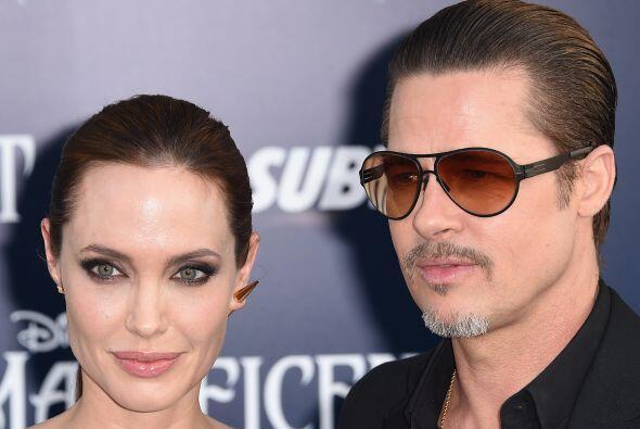"""Con Brad Pitt en la premiere de la cinta """"Maleficent"""". Vota aquí por los..."""