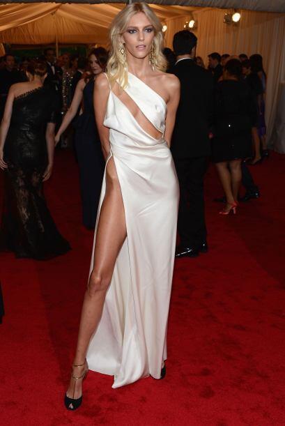 Las súper modelos son las que más se dan el lujo de usar ropa que no req...