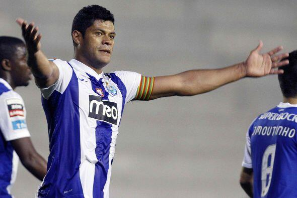 Por último, aparece un goleador brasileño, que todos conocen como Hulk.