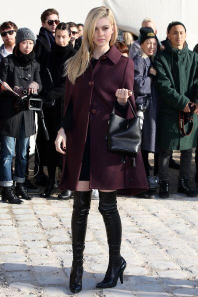 Durante la pasada semana de la Moda en París, Nicola cautivó a asistente...