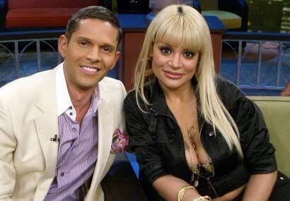 Rodner ha criticado en muchas ocasiones los vestuarios de Vicky y Marisol.
