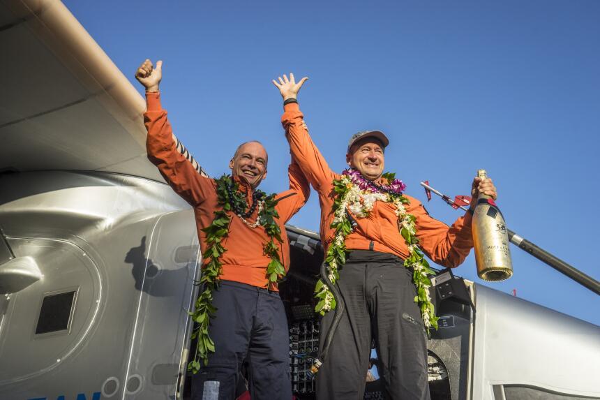 La alegría de llegar a Hawái se convierte de pronto en tristeza. Daños e...
