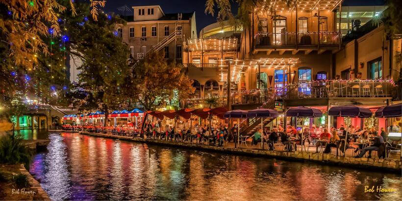 El Riverwalk, en San Antonio, es uno de los atractivos turísticos...