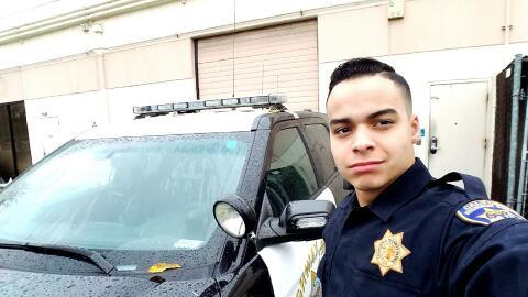 El oficial Edwin López pudo cumplir su sueño de formar par...