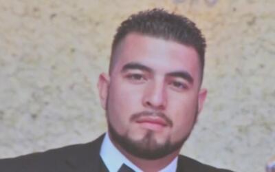 Familiares y amigos le dan el último adiós a John Hernández