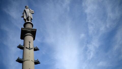 Controversia por petición de remoción de la estatua de Cristóbal Colón e...