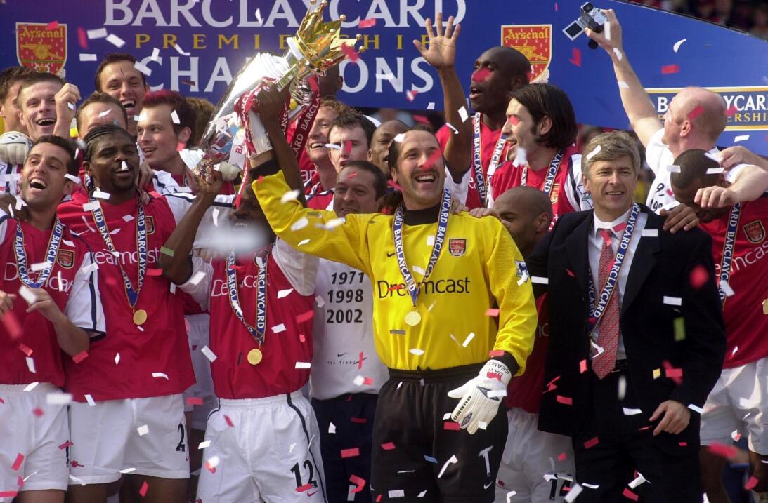12. Arsenal (2001/2002) - 87 puntos y +43 de diferencia de gol. Fueron c...