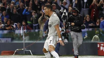 En fotos: Cristiano consiguió su cuarto gol en la Juventus durante el triunfo ante Udinese