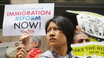 De los 11 millones de indocumentados que viven en Estados Unidos, unos 5...
