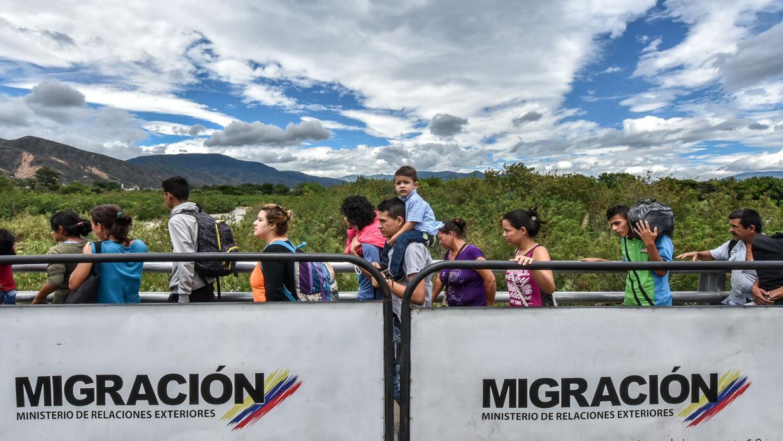 Un cruce exponenciado. Migración Colombia calcula que hay más de 500,000...