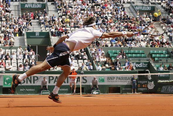 Otro en avanzar, fue el español David Ferrer, quien arroll&oacute...