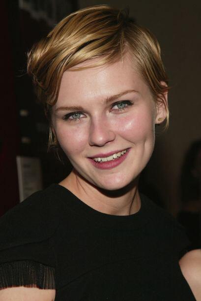 Kirsten Dunst en 2005, con el cabello corto.   Aquí los videos más chism...