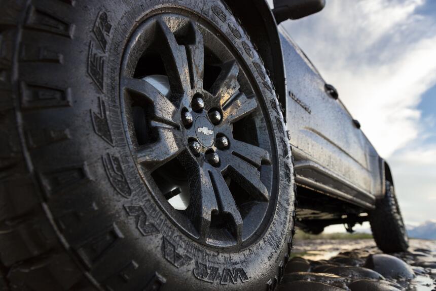 Chevrolet Colorado ZR2 ediciones Midnight y Dusk