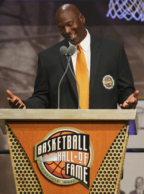 1. Michael Jordan (Baloncesto) - 1,850 millones de dólares